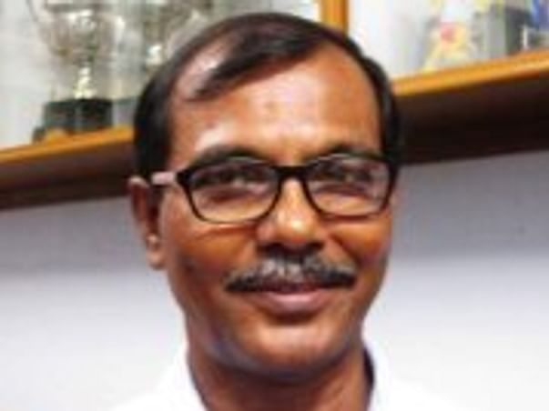 69 Years Old Dipankar Jana Needs Your Help Recover Lung Cancer.
