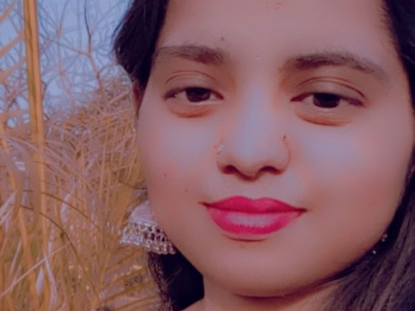 Help Priya Pay Her College Fees, Who lost Her Father To Covid