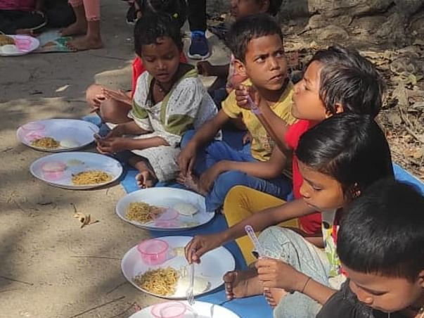Help Street Children To Get Proper  Education And Nutrition