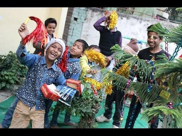 Educate 300 marginalized children in Bihar