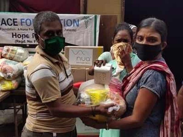 Feeding From Far-Ration Distribution Amid lockdown