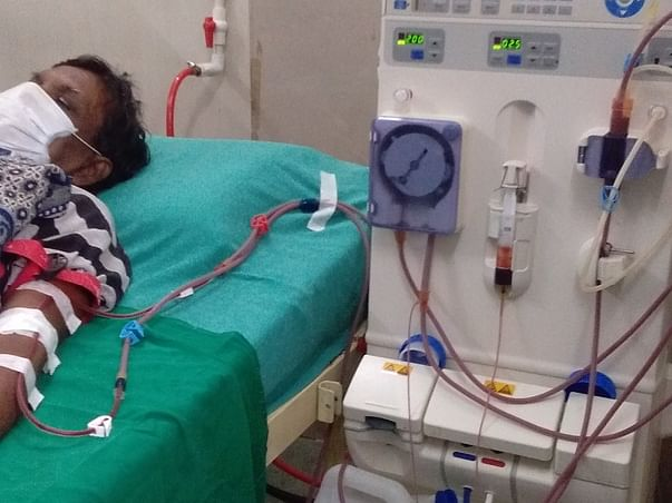 Help To Recover From Kidney Failure, Father On Dialysis From Last Year