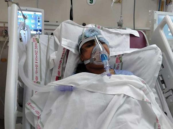Help Bhagyashree To Fight Against Severe Covid Pneumonia