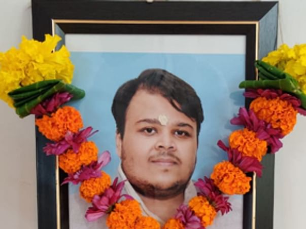 Help The Bereaved Parents of Parag Verma