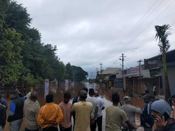 Support Families Displaced Due To Flooding In Sangli