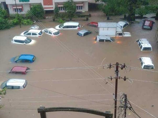 Helping Hands For Kokan Floods