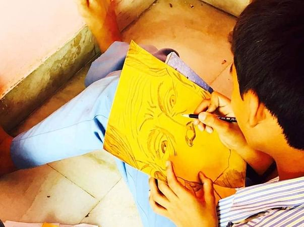Help Rajeev Fulfill His Dream Of Studying Design In NIFT.
