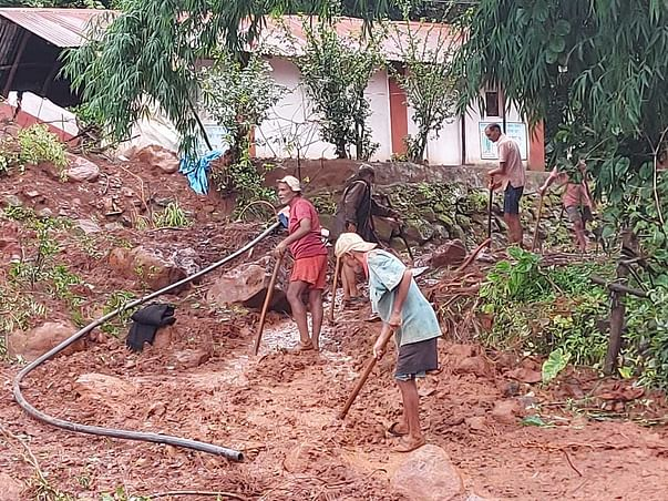 Help Yerne Khurd, Mahableshwar, Maharashtra Rebuild After Floods