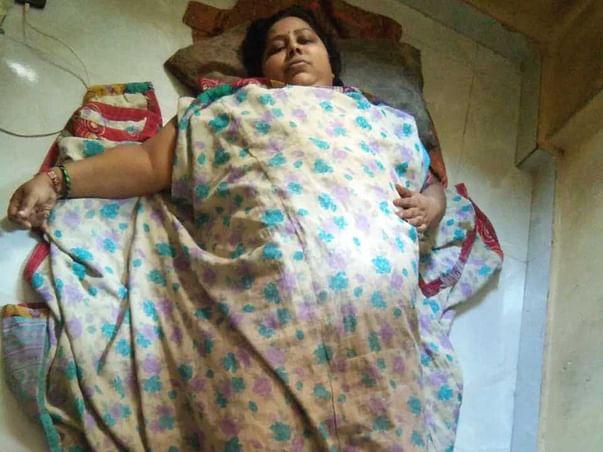 Help My Aunt To Undergo Paralysis Treatment