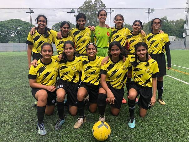 Support Modern Girls FC!