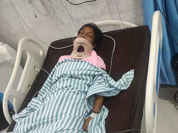 Support Kushboo To Recover From Neck Injury