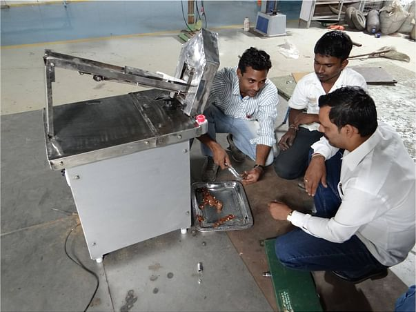I am fundraising to support Vigyan Ashram's DIY (Do-It-Yourself) lab in expanding its reach in Pune through different information dis-emmination ways