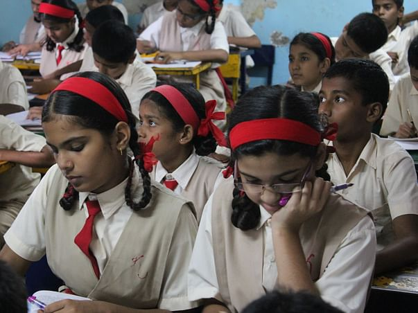 I am fundraising to contribute to a low income classroom in Pune, India