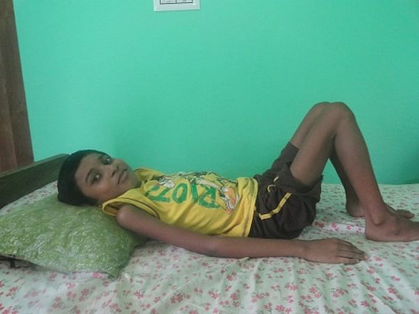 Help This Single-Mother Child to Stay Alive And Fight Back Against His Genetic Disease