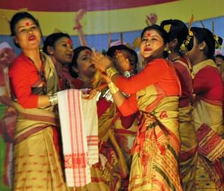 help-assamese-and-manipuri-locals-set-up-self-sustainable-businesses