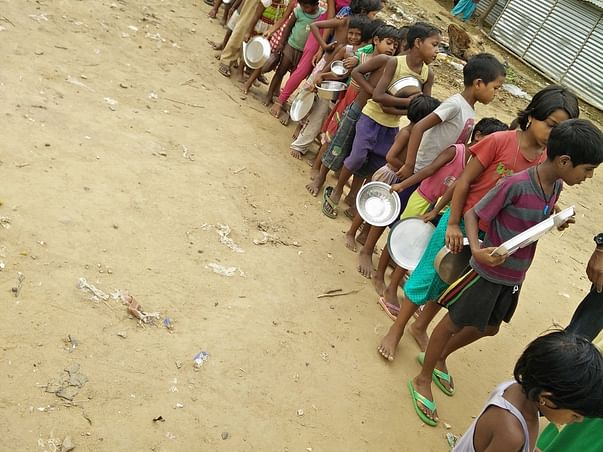 Providing 500 Street Kids with a Nutritious Meal Everyday