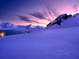 Antarctica- Saving PresenTENSE