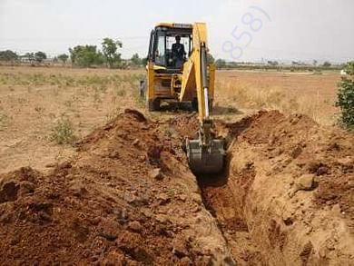 Digging by JCB